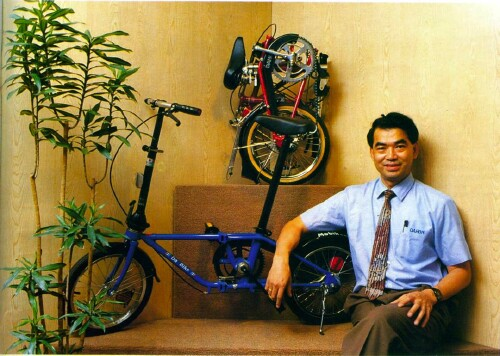 Dr. David Hon with Da Bike