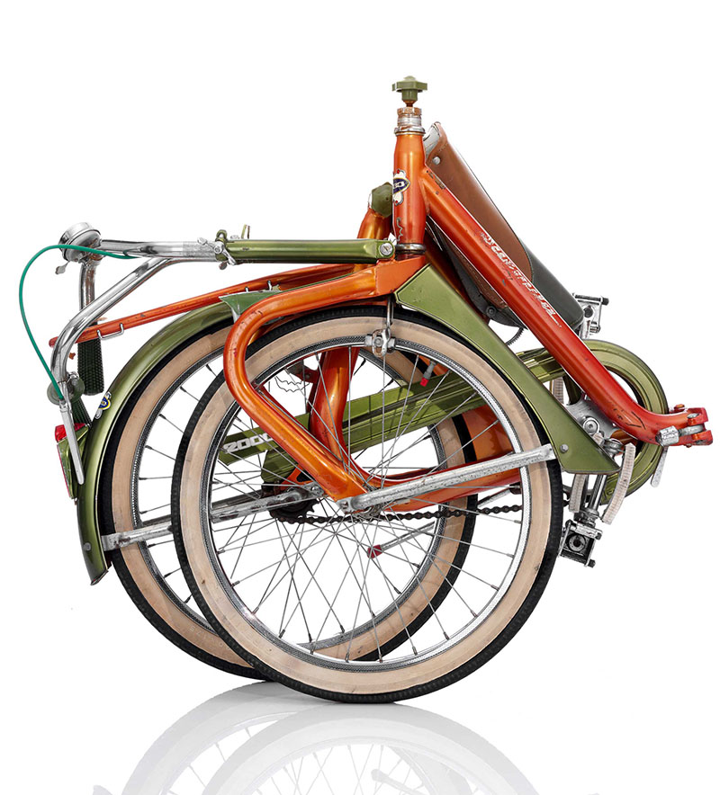 Duemila folding bike - folded - Italy