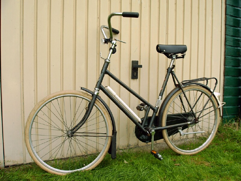 Gazelle Kwikstep folding bike 2