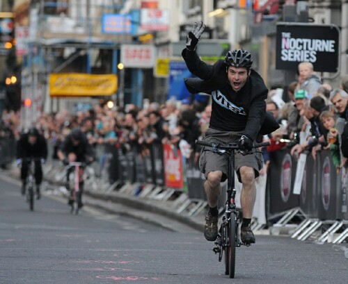 Keith Henderson 2010 winner Smithfield Nocturne folding bike race