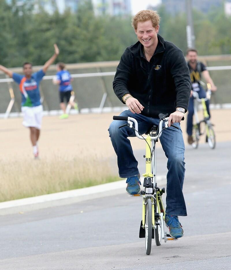 Celebrity folding bike riders